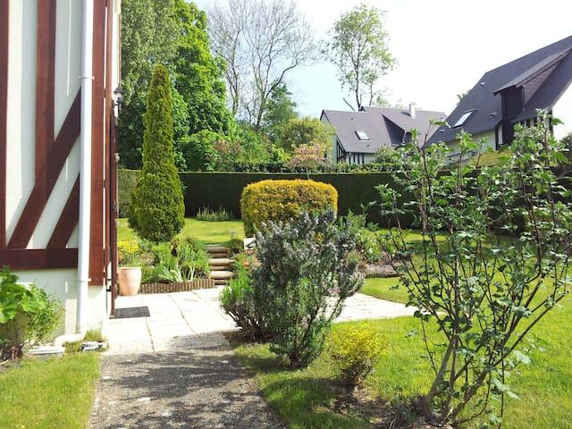 Maison calme avec jardin, plein soleil - Calvados - Dom