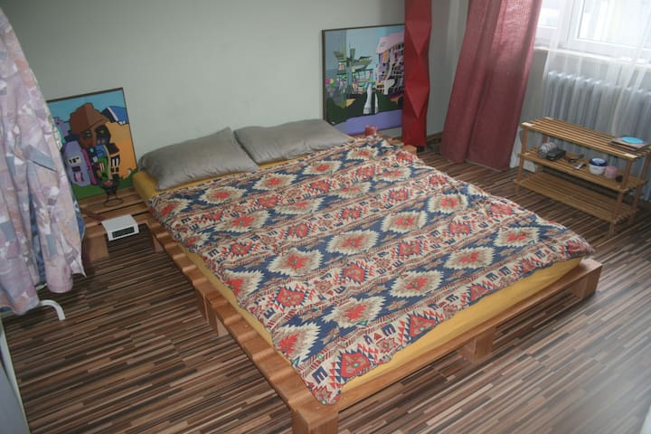 Cozy and central room in Cihangir. - Beyoğlu - Appartamento