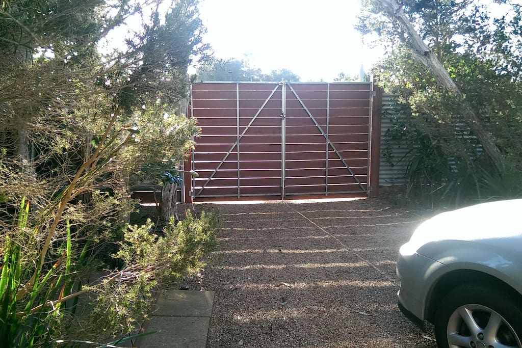 Completely secure yard, gate with access code lock
