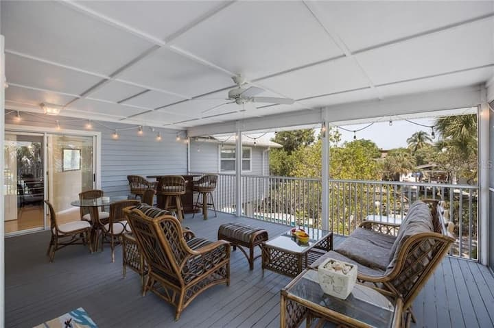 Shore Bet - you'll love this beach house! Private pool, canal front with boat dock and 5 min walk to beach!