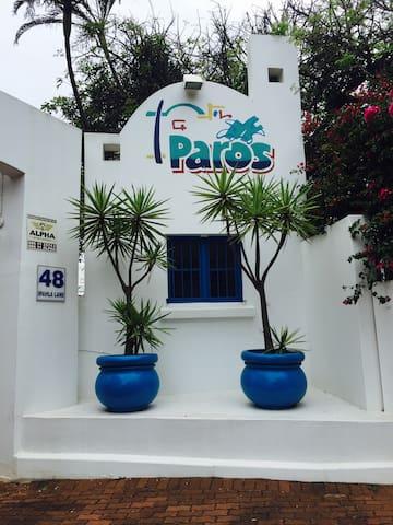 Paros in Shakas (Unit V1)