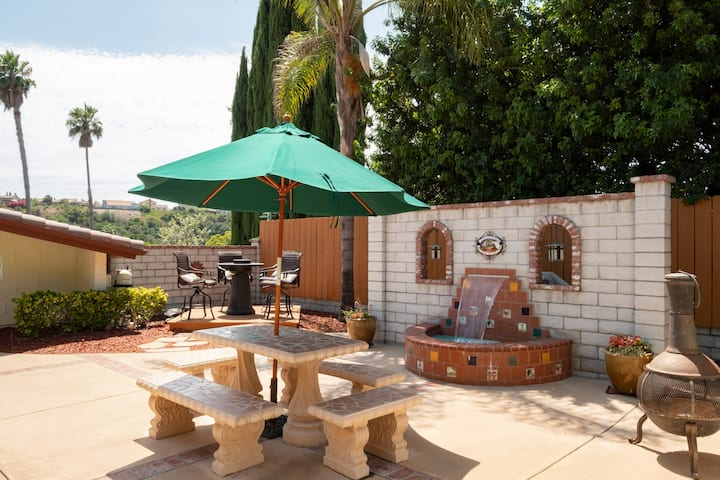 Gorgeous Spanish Home•Jacuzzi•Enclosed backyard