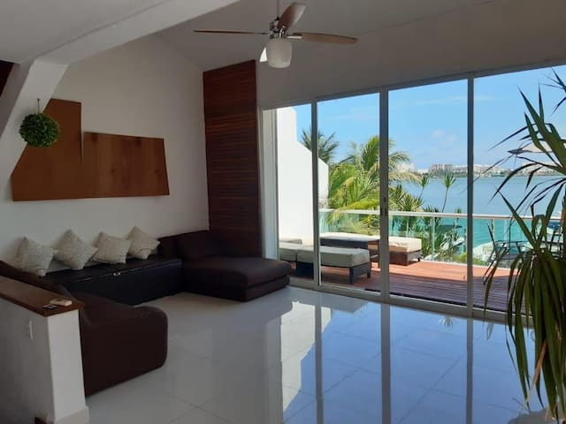 NEW Caribbean Villa Directly Access To Boat HotelZ