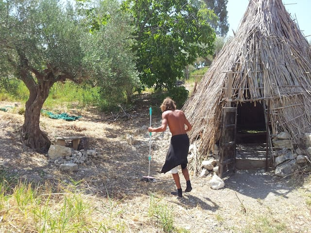 tipi and more, Sicilian traditional life style