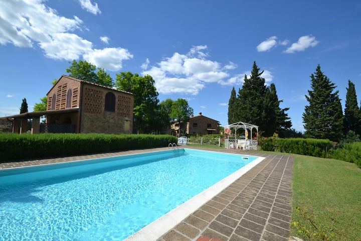 Spacious Apartment in Montaione Italy with Swimming Pool