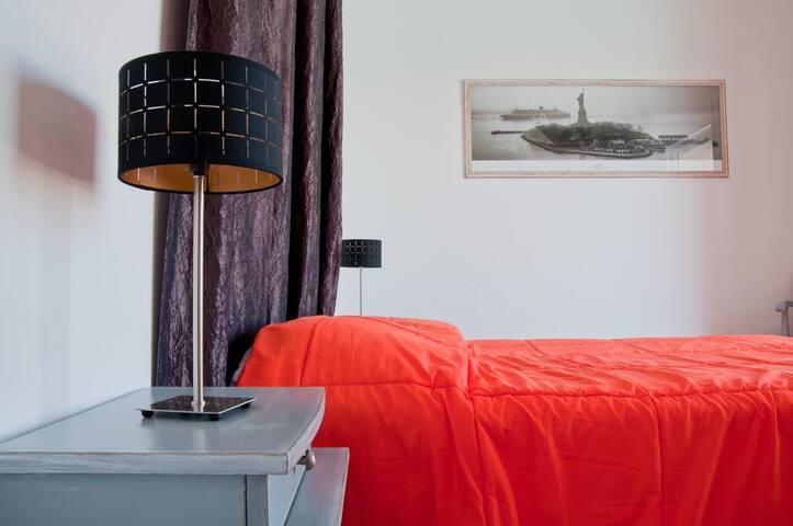 Maison 4 étoiles avec piscine et spa privatifs - La Salvetat-Belmontet - Serviced apartment