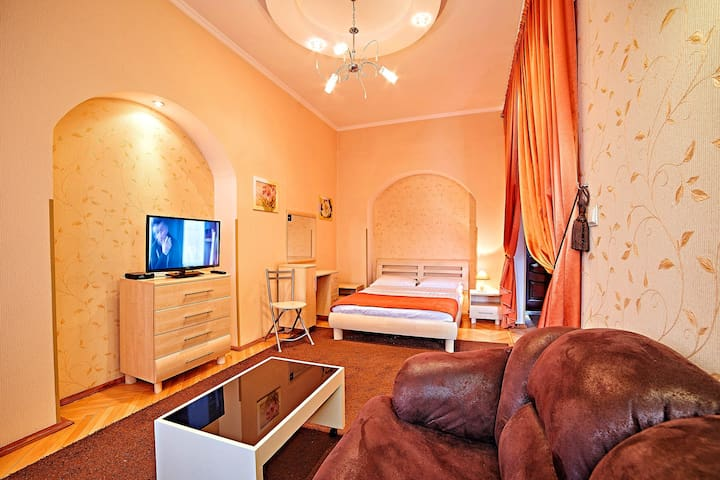 Lovely flat in the center of Lvov - Leópolis - Apartamento
