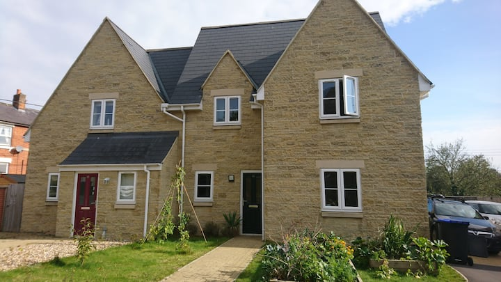Three bedroom house with parking and garden.