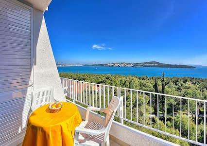 Hotel Medena Standard Room sea side - Seget Donji