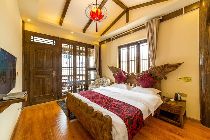 丽江古城-五一街-品质大床房-纳西休憩花园-精品卫浴-旅游攻略