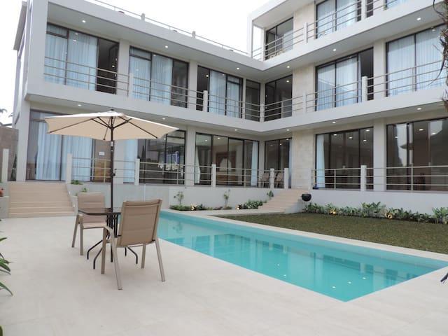 8 BR Villa Lembang 11 + Private Swimming Pool