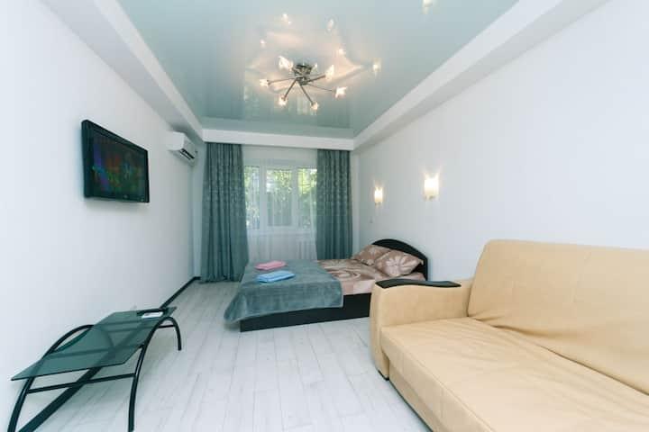 VIP квартира, Левый берег