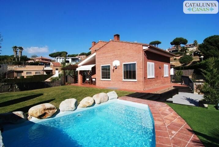 Villa 'I NEED A BREAK' - Caldes d'Estrac - House