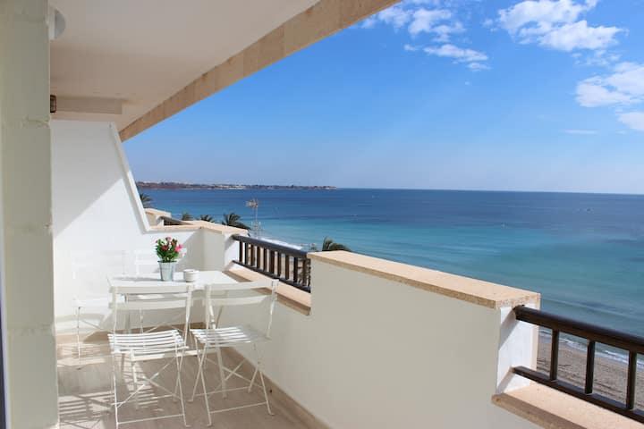 Beach apartment ,sea line - Apartamento Quesada