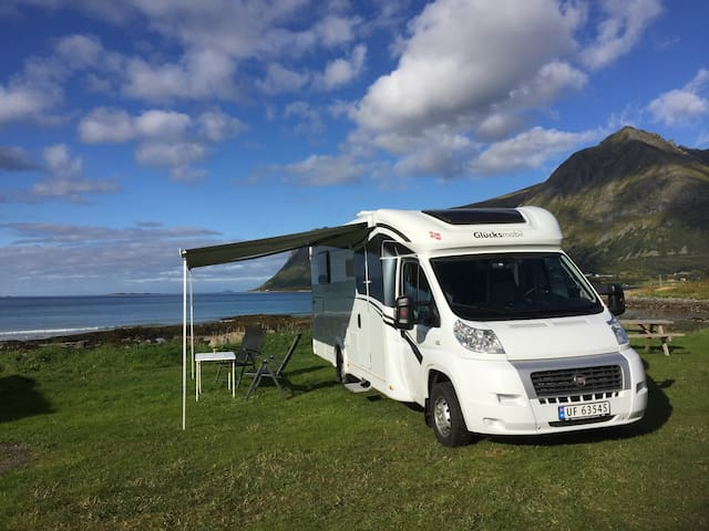RV, mobil home,  Kabelvåg, Lofoten