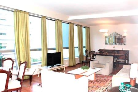Amplo 3 quartos a 50 Metros da Praia do Leblon - Rio de Janeiro - Apartment