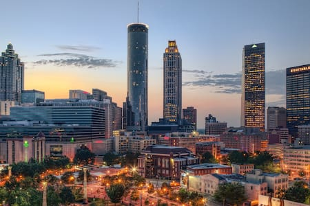 Cozy Bed in The Heart of ATL - Atlanta