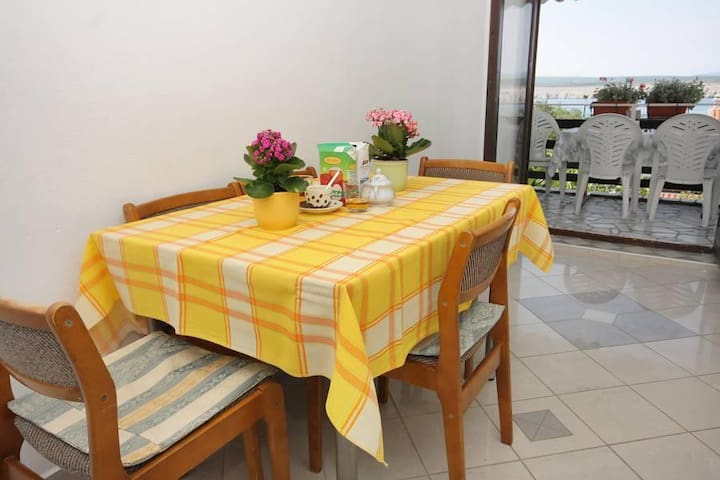 Two bedroom apartment with terrace and sea view Jadranovo, Crikvenica (A-2377-a) - Jadranovo - Apartment