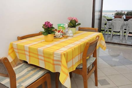 Two bedroom apartment with terrace and sea view Jadranovo, Crikvenica (A-2377-a) - Jadranovo - 公寓