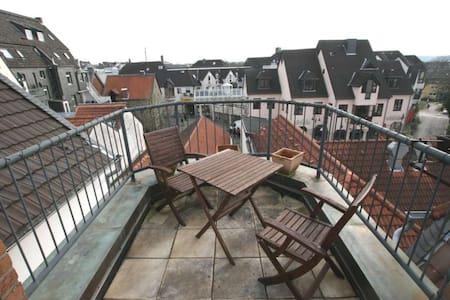 Roof Top Flat Ratingen near Düsseldorf - Ratingen - Appartement