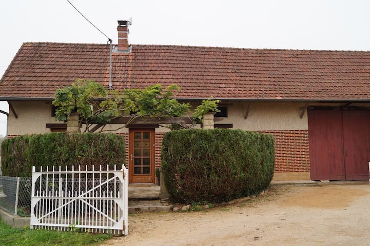 Maison   de type bressane - Ratenelle - Huis