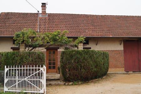 Maison   de type bressane - Ratenelle