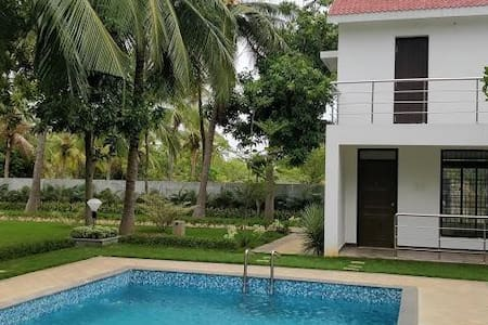 Rajini Farm House Private Property with Swimming