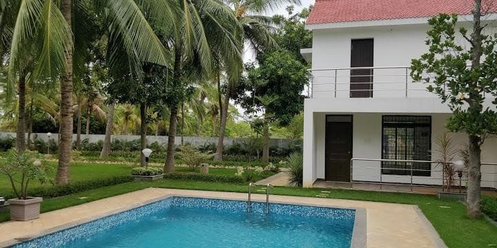 Rajini Farm House Resort