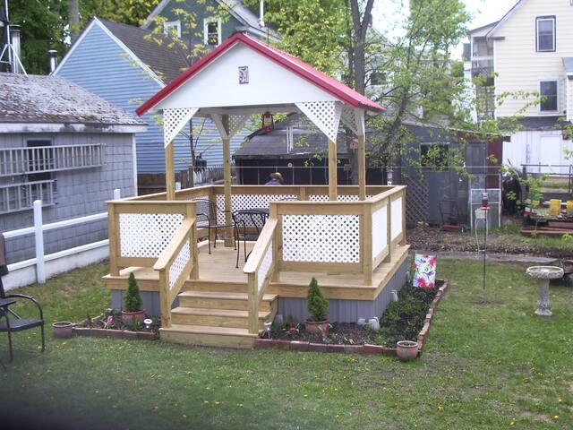 """""""Hummingbird Cottage"""" Millinocket - Millinocket - Rumah"""