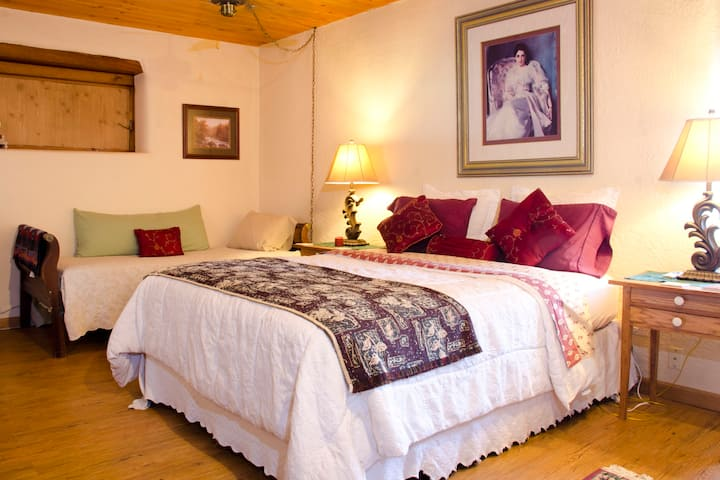 Corrales Suite Lodging - Spacious Bedroom sleeps 2