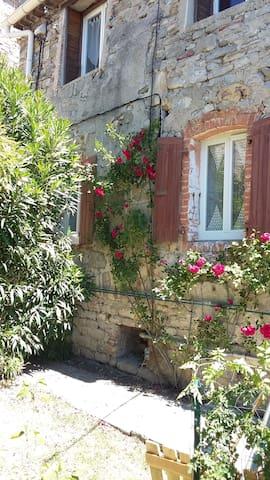 gite  entre Ardèche et Gard