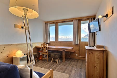 Beuatiful studio + cabin fully renovated