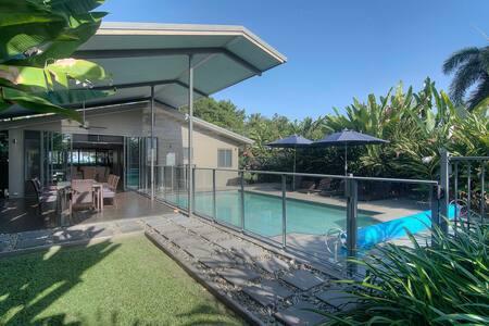 Coco Beach Villa - Newell