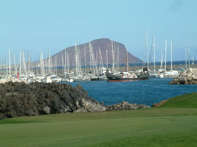 Santa Cruz Tenerife, sur lslas Canarias apto wifi.
