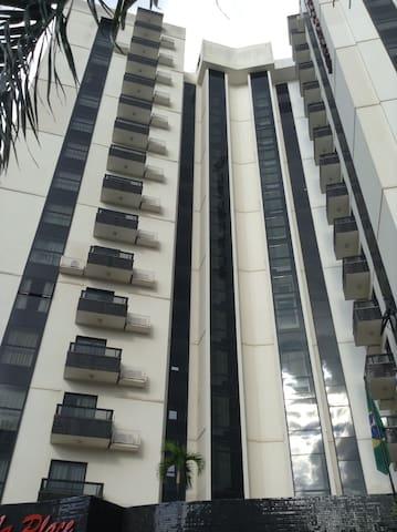 sun square suites
