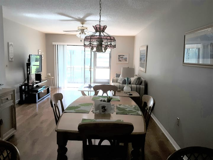 Fort Myers Vacation Rental in SW FL. Paradise!