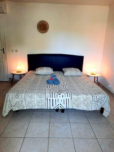 Chambre Îlet, climatisée +salle d'eau+Terrasse