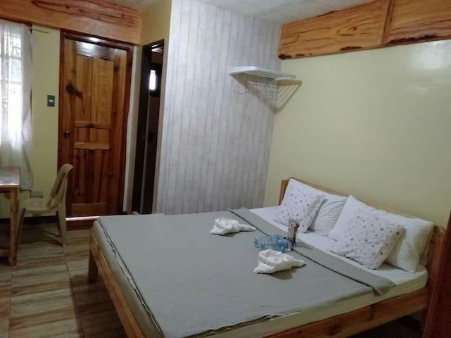 Room E1