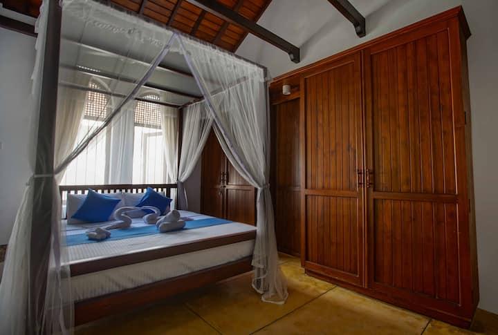 Kapugedara297/Galle Luxury Villa/Superior KingRoom
