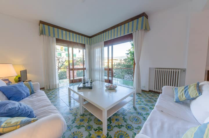 Hintown Charming Family Flat in Santa Margherita