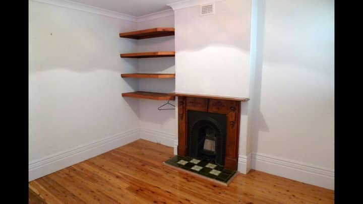 Cute 2 bedroom family home in great location