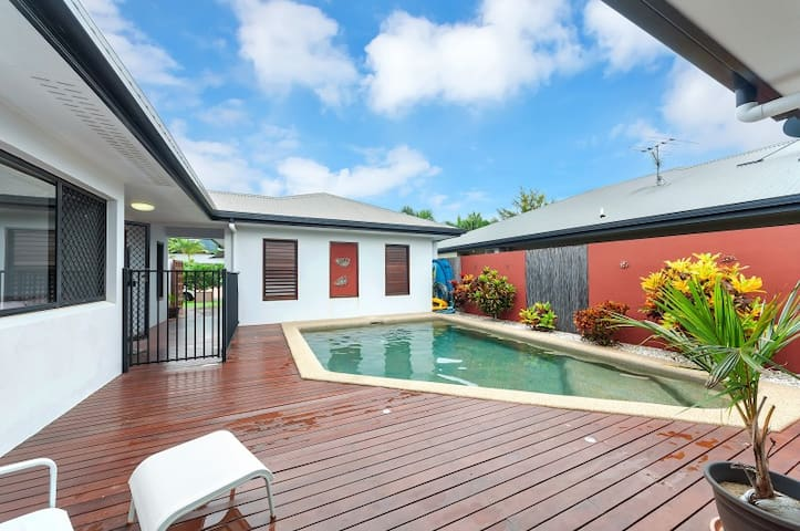 Tropical Oasis at the Cairns Beaches Kids friendly