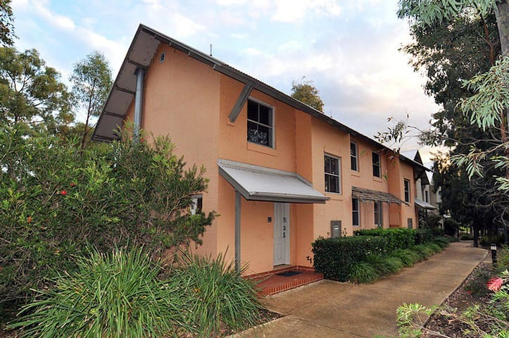 Villa Executive 2br Valley Views DS located within Cypress Lakes Resort