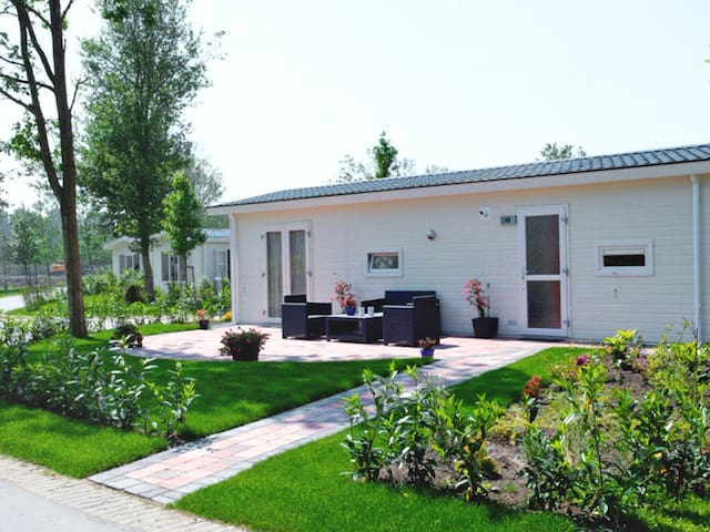 Gemütliches Ferienhaus Typ A in Velsen-South