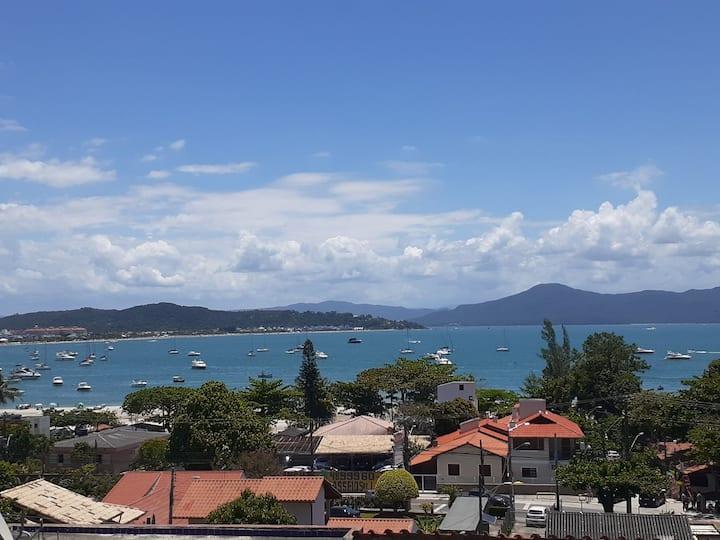 Casa a 100m da praia, linda vista de canasjure