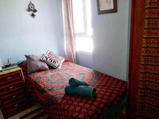 Habitación privada en Ceuta - Zona Sardinero
