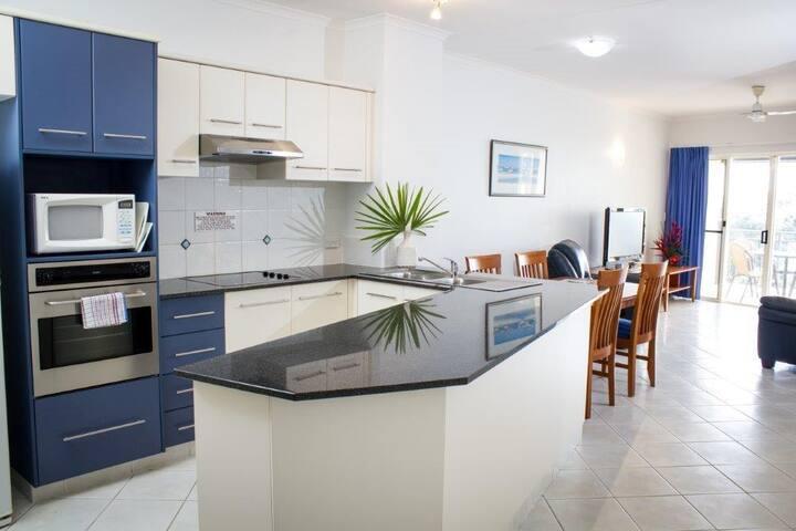 CAIRNS ESPLANADE - North Cove 2 Bedroom Apartment - Cairns - Lejlighed