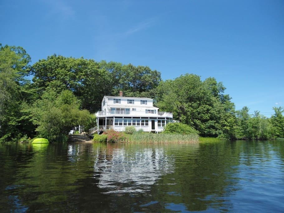 This is the rear view of the house, from the lake as you kayak.