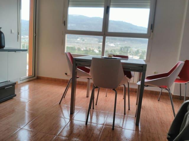 Apartamento con vistas a la sierra (Bocairent) - Bocairent - Lägenhet