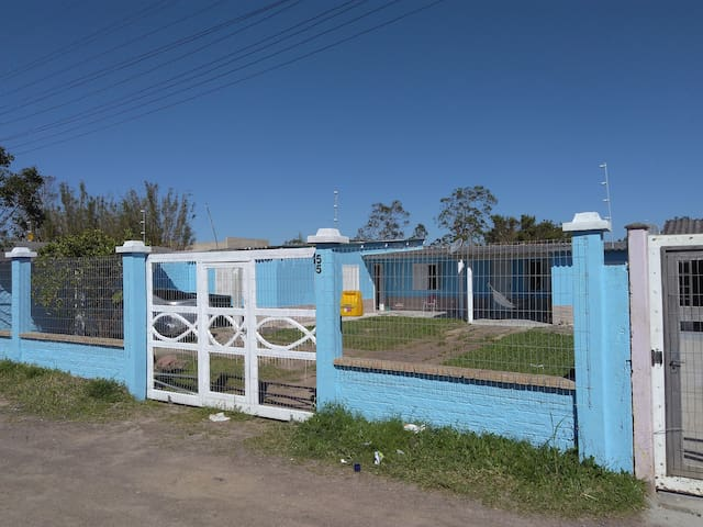 Casa Praia próximo centro tramandai Area Pesca - Tramandaí - House